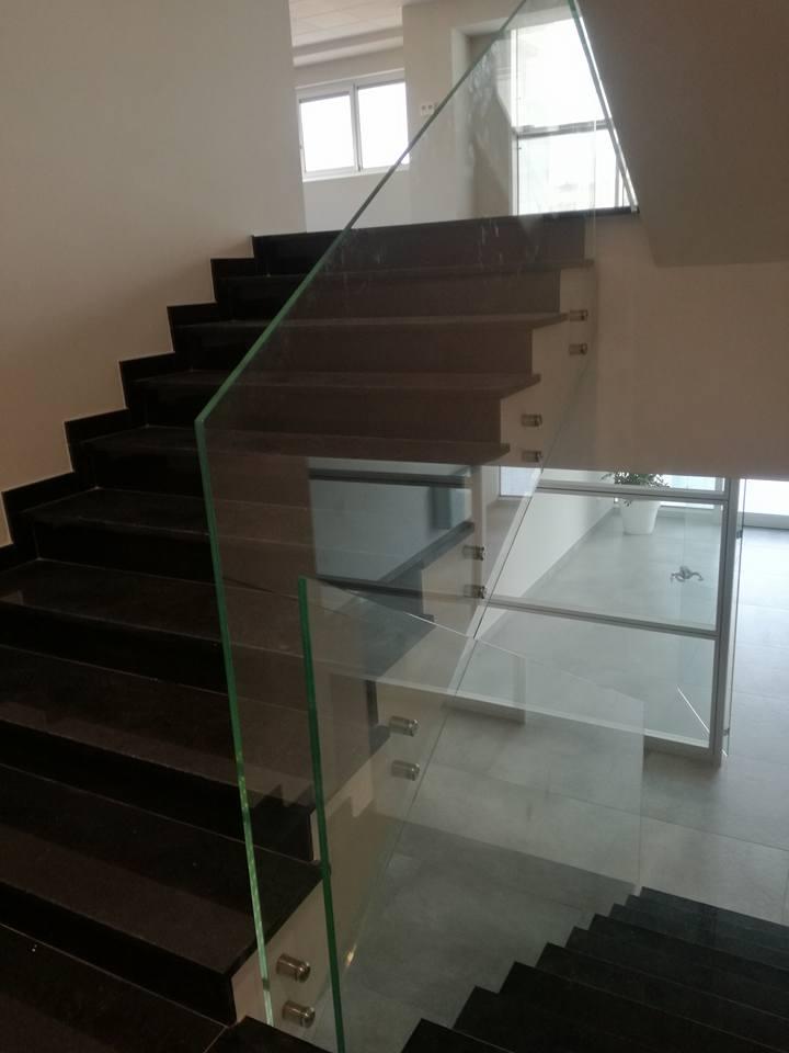 Ringhiera scorrimano scale... La bellezza del vetro-2