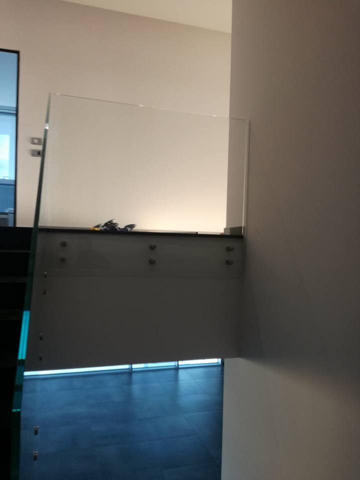 Ringhiera scorrimano scale... La bellezza del vetro-3