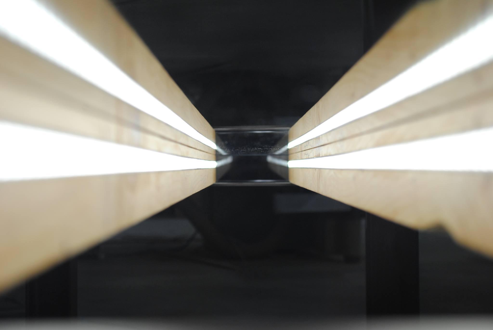 Tavolo Legno e Vetro Illuminato6